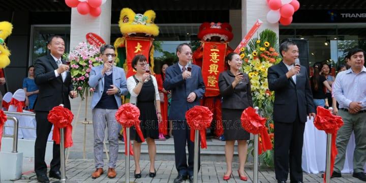 Tổ chức lễ khai trương giá rẻ tại Yên Bái